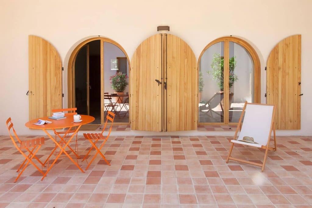 Terrasse dans la maison L'oranger