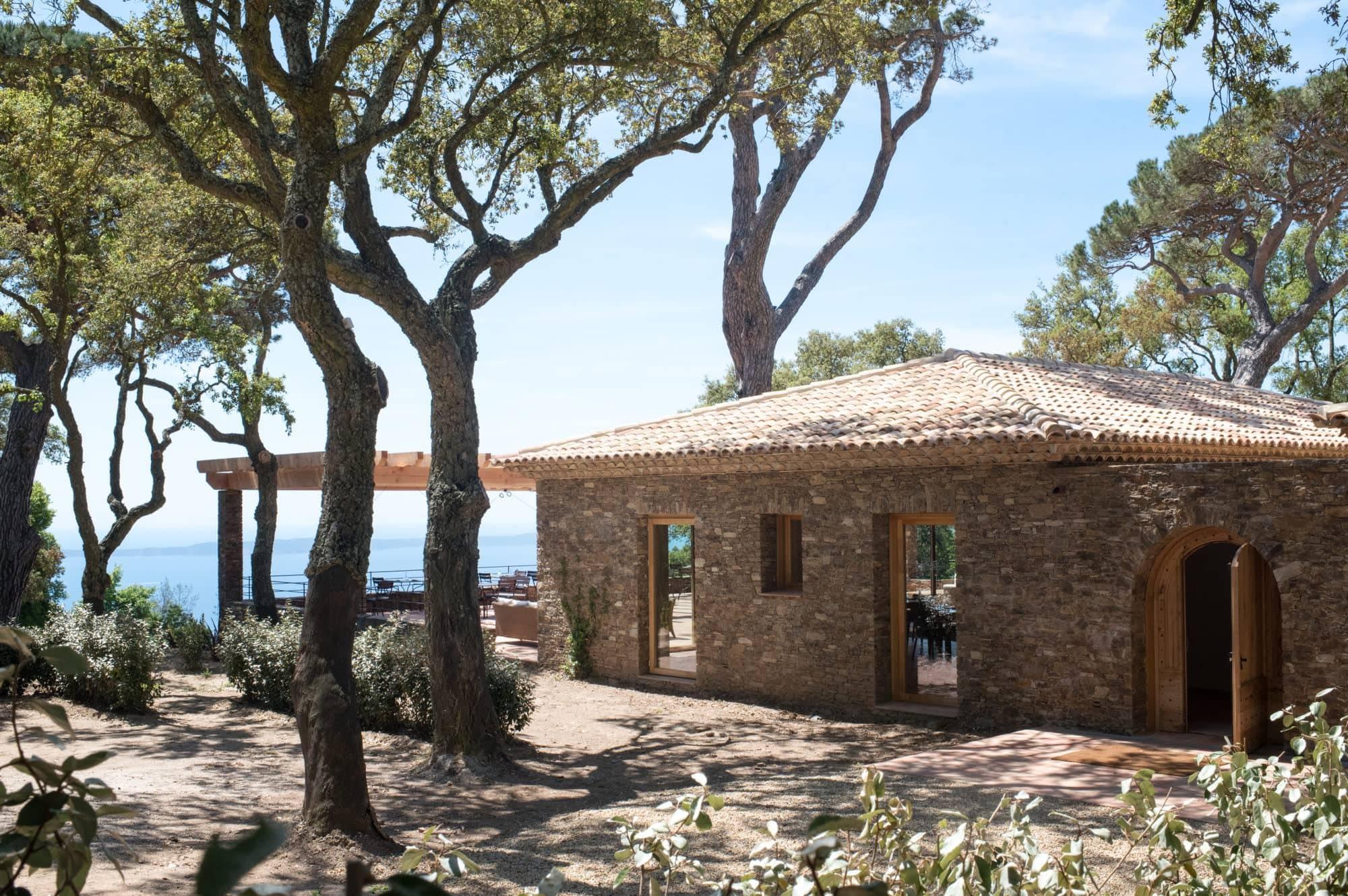 Façade Le Relais du Vieux Sauvaire. Restaurant et residences