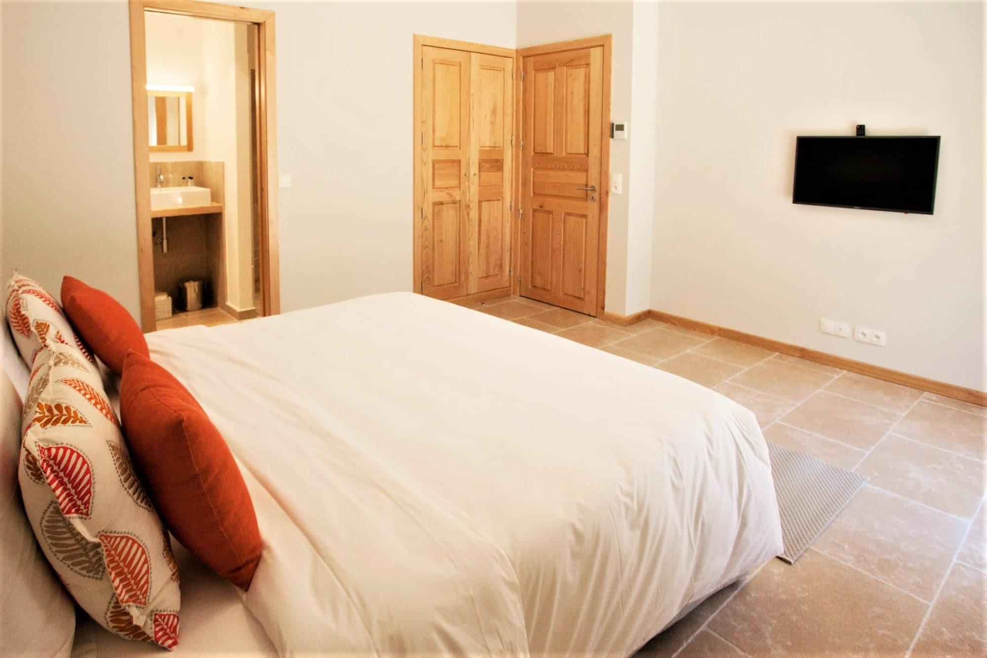 Chambre dans L'arbousier / Bedroom in the house L'arbousier